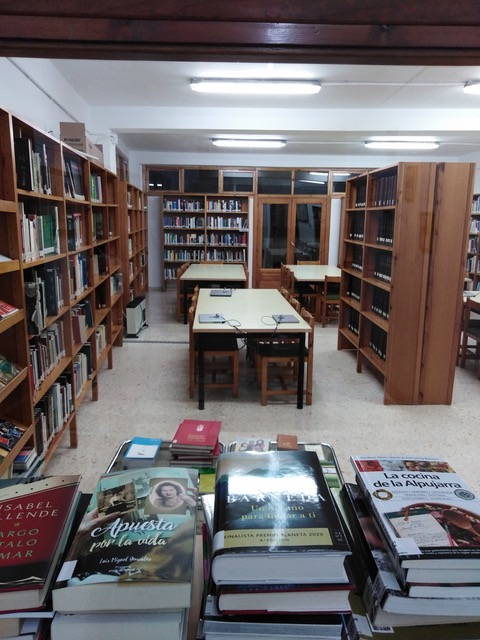 Biblioteca lanjaron 1